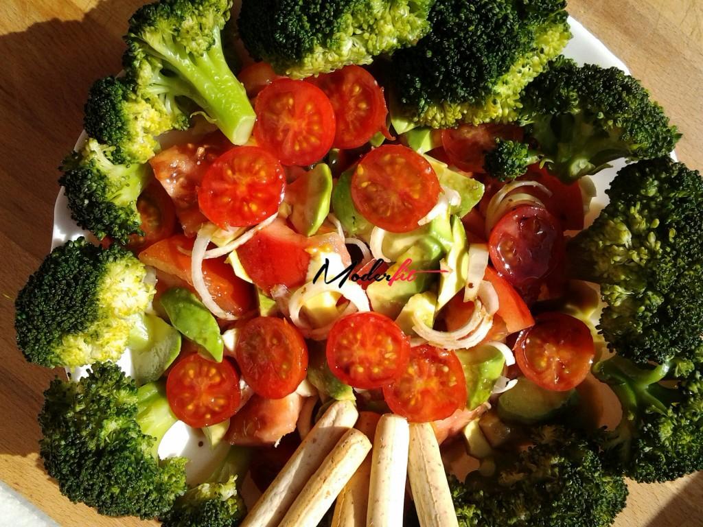 ensalada de brocoli y aguacae 3